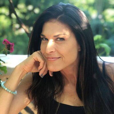 41: Maria Salvatore – Recovery Yoga and Kula for Karma